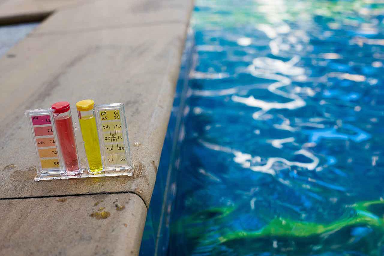 division-facilities-mantenimiento-de-piscinas-3