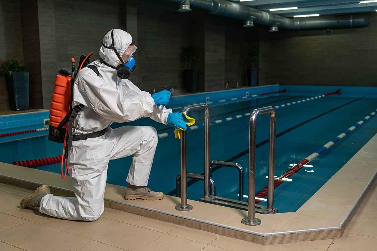division-facilities-mantenimiento-de-piscinas-4